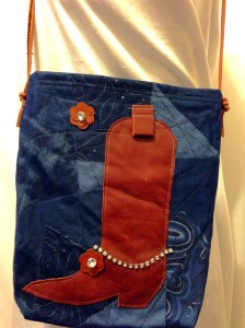 Spring is the perfect time to break out your inner cowgirl! This bag will be featured on our Square Market Page shortly! If you've gotta have it, feel free to email us for details at armcandykc@gmail.com
